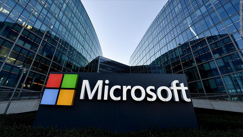 Microsoft Office Vs Microsoft Bajakan